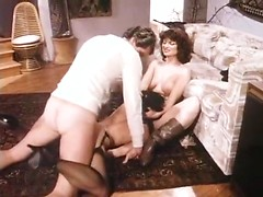 Hard threesome fuck from the eighties porn