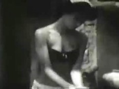 Old porn movie with vintage beauties flashing pussies and tits