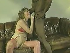 Great amateur cuckold porn videos with vintage bitch blowing black cock